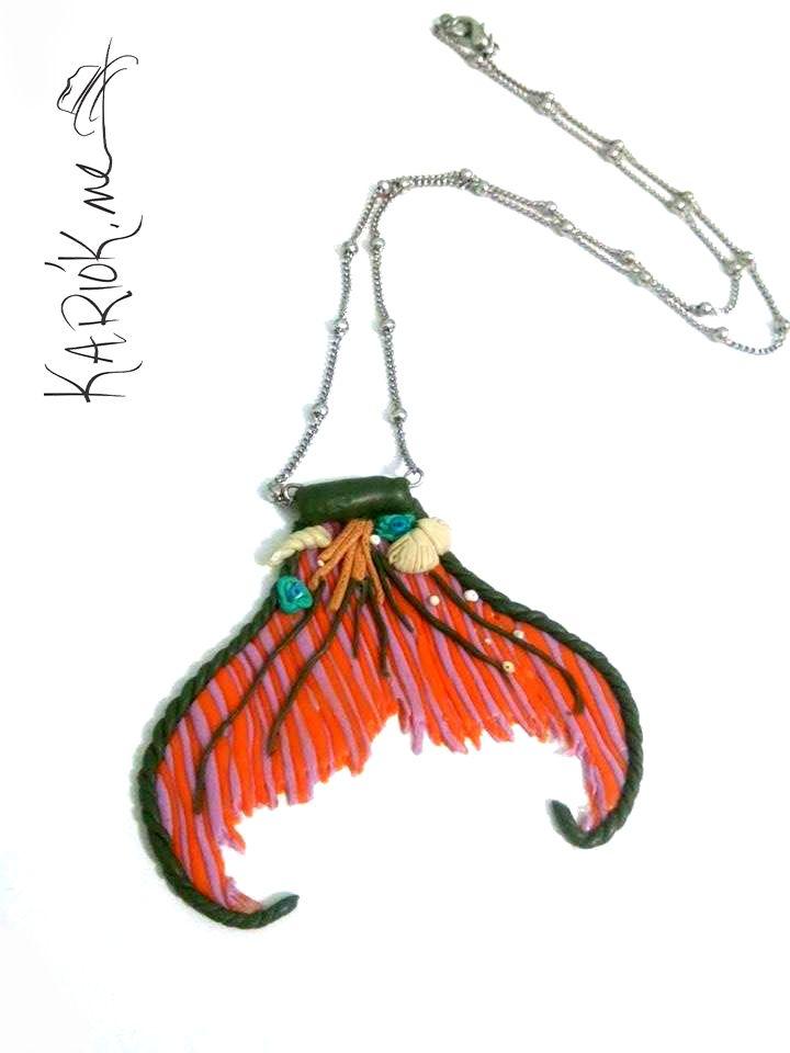 Colar rabo de sereia   Kariók.me linha cores   #ceramicaplastica #acessorios #sereia #handmade Sereismo
