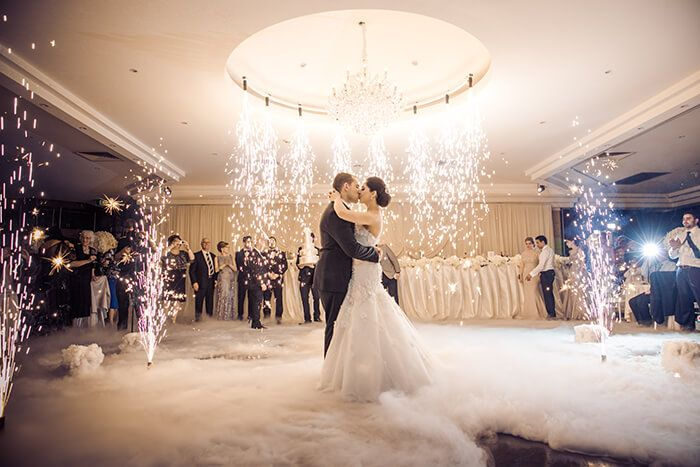 We're pretty lucky that we get to spend our days helping couples plan their dream wedding. Week after week we...