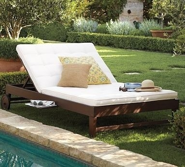 Chesapeake double chaise and cushion modern outdoor chaise for Chaise longue double exterieur