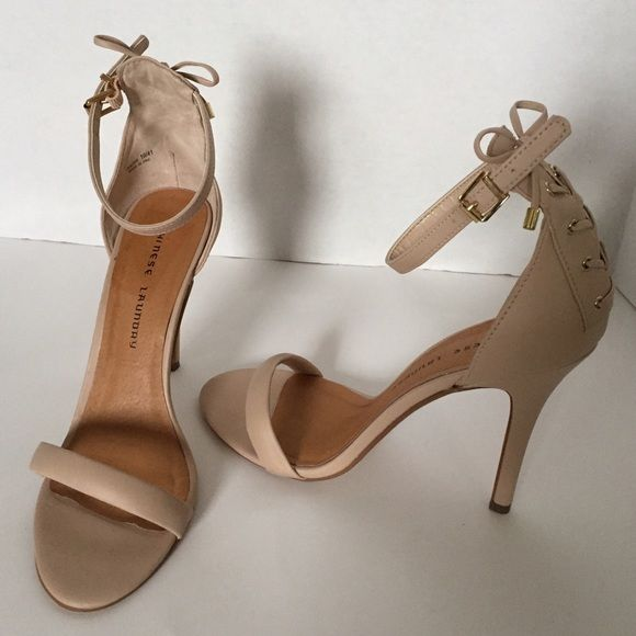 CHINENSE LANDRY NUDE STRAPPY HIGH HEEL SANDAL 10 M CHINESE LANDRY NUDE/BEIGE/CREAM SIZE 10 with 3 1/2 inch heels.  GOLD TONE ACCENTS. Only worn twice. Chinese Laundry Shoes Sandals