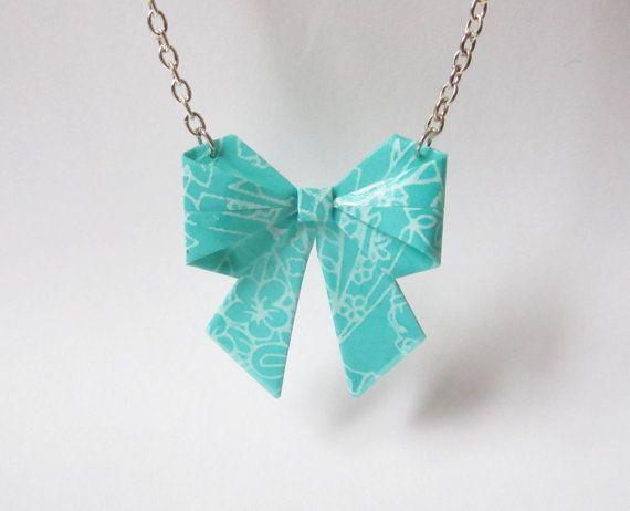 Collier noeud en origami par ichimo sur Etsy, €8.00