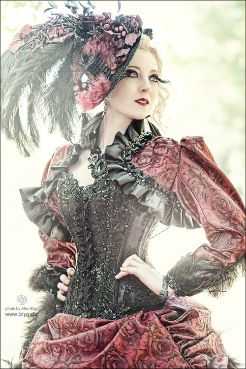 194 Best Images About Steampunk Fashion Women On Pinterest Steampunk Wedding Models And