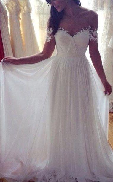2016 Beach Wedding Dresses Off the Shoulder Lace Appliques Summer Elegant Bridal Gowns