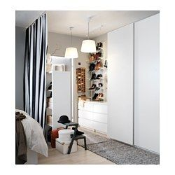 IKEA - MALM, Byrå med 3 lådor, vitlaserad ekfaner, , Äkta träfaner gör att byrån åldras vackert.Lådorna som är lätta att öppna och stänga har utdragsstopp.Vill du organisera insidan kan du komplettera med lådorna SKUBB set om 6.