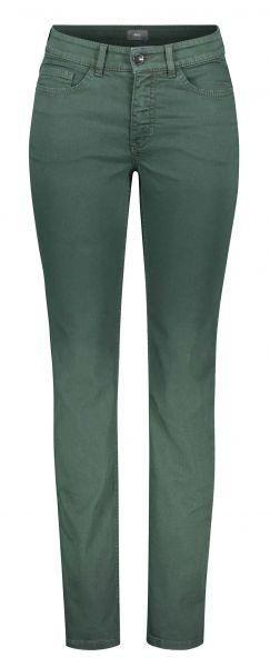Stylisch in den Herbst 2017 mit den Jeans und Hosen Trends von MAC Jeans! Zum Beispiel mit der berühmten Angela in Slim Fit, mit schlankem Beinverlauf und einer bequemen Taille.