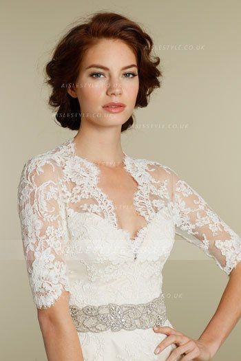 Half-sleeve V Neck Lace Pattern Crystal Brooch Sheath Lace Wedding Dress