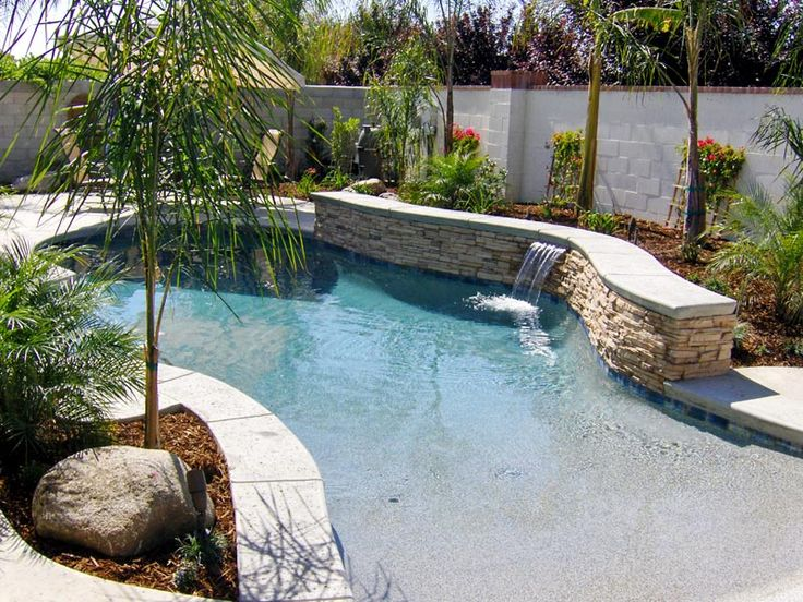 1000 Ideas About Walk In Pool On Pinterest Beach Entry