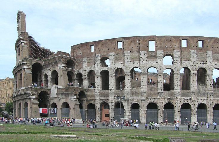 Colosseum - Rome, Italy ... Full gallery http://666travel.com/colosseum-rome-italy/