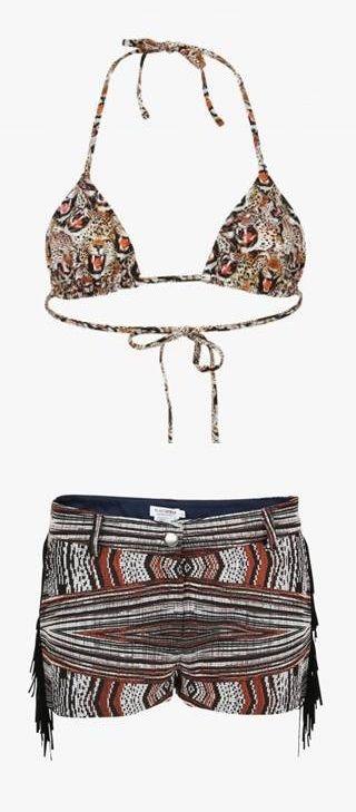 "Haut de maillot de bain triangle ""Kenya"", Short Zanzibar #Roseanna. #LeBonMarche #pe2016 #ss2016 #fashion #women"