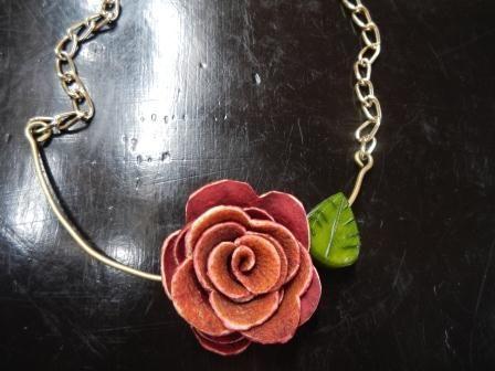Rosa orange peel