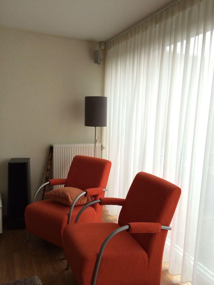 Oranje stoelen