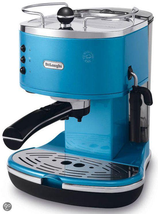De'Longhi Espressomachine in vintage stijl!  #Espresso #Blue #Coffee #Retro #Vintage
