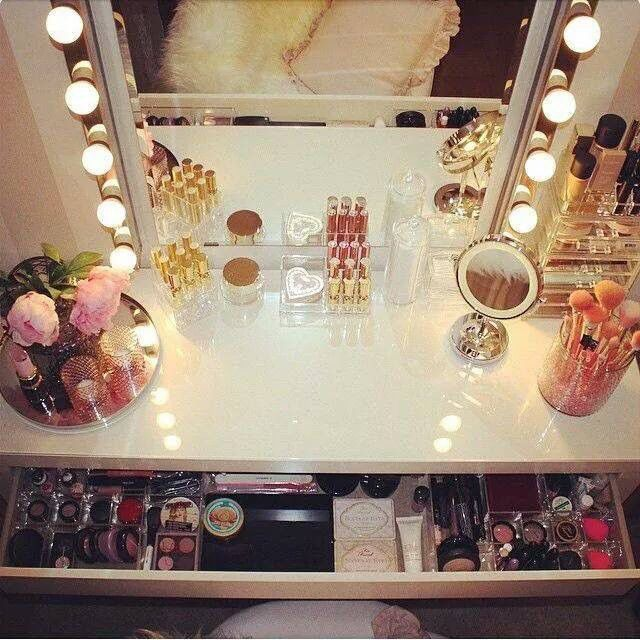 Make up station idea
