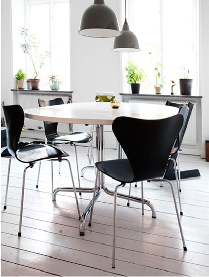 Arne Jacobsen, butterfly chair