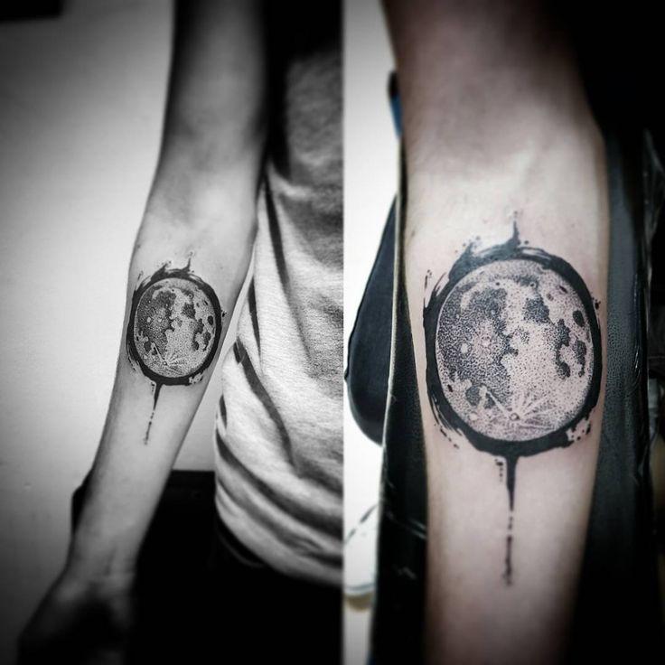 Moon Moontattoo Tattoomoon Blackmoon Sketchtattoo Puntillismotattoo Dotstattoo Dots