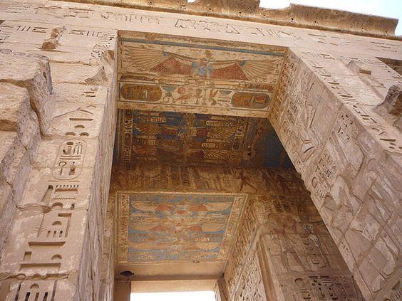 LUXOR (THEBES), EGYPT - Temple of Medinet Habu - 2nd Pylon/ ЛУКСОР, ЕГИПЕТ - храм Мединет-Хабу/ ЛУКСОР, ЕГИПЕТ - Храм Мединет-Хабу - 2-ой пилон by Miami Love 1, via Flickr: