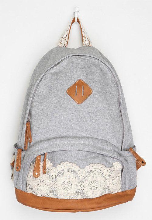 mochila customizada com renda