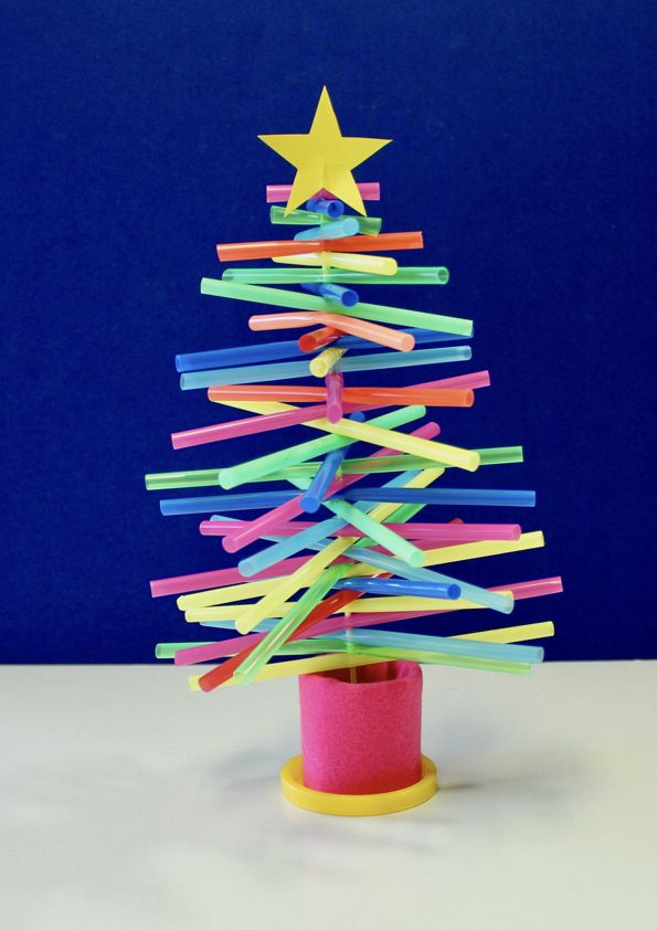 How To Make A Plastic Straw Christmas Tree Podelki Christmas