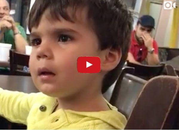 Hijo de Luis Chataing viendo a Nicolás Maduro en cadena  http://www.facebook.com/pages/p/584631925064466