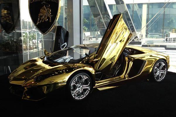 Solid Gold Lamborghini Model $7.5 Million | Autofluence