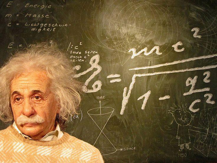 Albert Einstein több volt mint fizikus és tudós, következik 25 idézet a nagy embertől ami absztrakt fizika helyett az élettel és az emberrel van összefüggésben.Az intellektuális növekedés a születésnél kezdődik, és a halálnál ér véget.Mindenkit tisztelni kellene mint személyt, de nem isteníteni.Soha nem tégy az együttérzés ellen, még akkor sem ha az állam követeli ezt tőled.Ha az emberek csak azért jók, mert félnek a büntetéstől és várják a jutalmat, akk