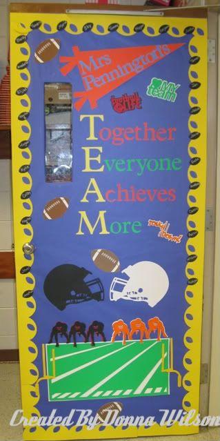 classroom door decorationsSports Theme, Classroom Decor, Schools, Doors Decor, Classroom Themes, Football Season, Classroom Ideas, Pe Bulletin Boards, Classroom Doors