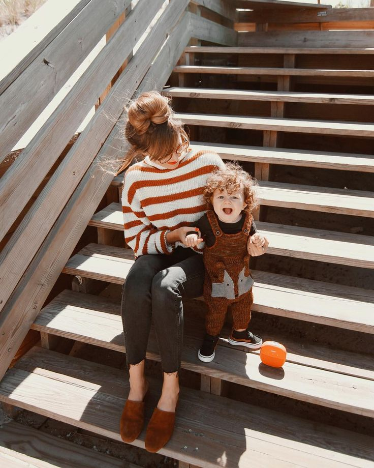 Our morning adventures are always better when we can listen to our favorite band along the way and we're obsessed with this (ORANGE!!) @BOSE #soundlink Micro speaker. The strap attaches to the stroller handle AND it's waterproof so Hudson can teeth on it which you know he does. #sponsored #motherhoodunplugged #livethelittlethings #pinterest