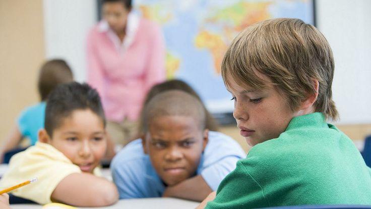 Um em cada cinco adolescentes pratica bullying no Brasil - Educação - Notícia - VEJA.com