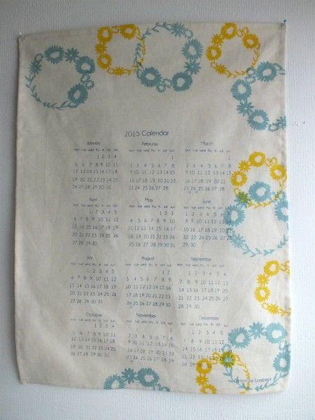 一年分のカレンダーです。毎年一年を振り返り、来年に思いや希望を込めて作っています。今年は周りの方々にたくさん支えられた1年だったので、来年は自分が誰かのために...|ハンドメイド、手作り、手仕事品の通販・販売・購入ならCreema。