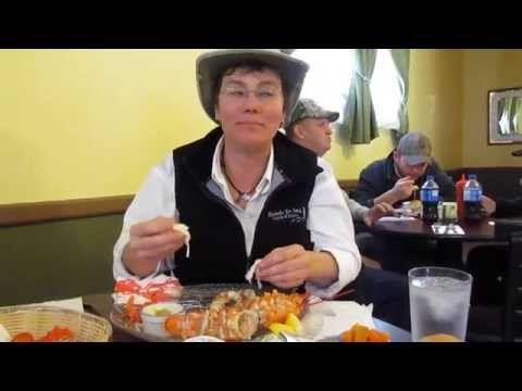 How to Eat a Lobster the Maritime Way with Anna-Marie Weir from Roads to Sea Guided Tours, New Brunswick Canada - YouTube