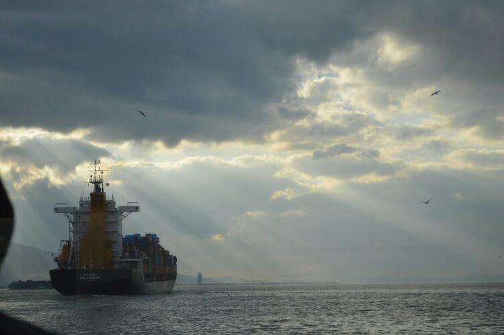 Izmir container ship