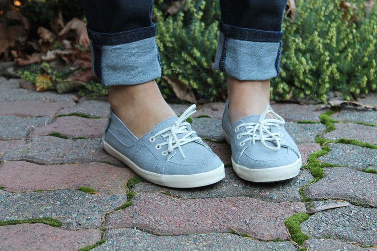 Women's Footwear & Accessories: http://ow.ly/EHpOS #vans