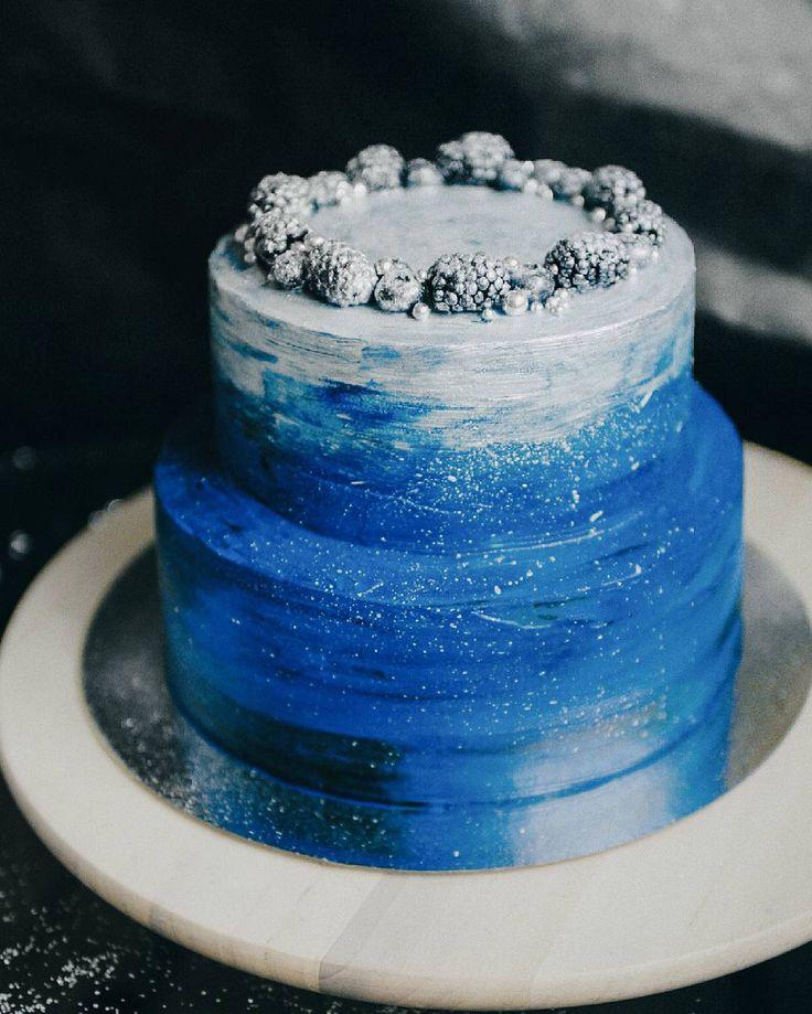 Когда свадебный торт может быть каким угодно, тебе полностью доверились и лишь сказали, что цвета свадьбы - синий и серебро Люблю не могу! #ksenya_make_cake Отправляю на #это_мой_торт4 от @anuta_maletina, спонсор @ellecraftstore