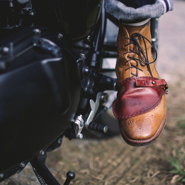 """The question was asked - """"How do you ride dapper without scuffing your shoes on the gear shift?"""" Here is the answer - It is called the Shoe Protector. We have one to give away thanks to the good lads at @heywood1922 - It is leather and hand made. To win - you need the best answer (most distinguished) as decided by the team at Heywood within the next 24 hours! The Question - Why is it important to protect one's footwear? #jointhegentry #ridedapper #gentlemansride #dgr2014 #leather #caferacer…"""