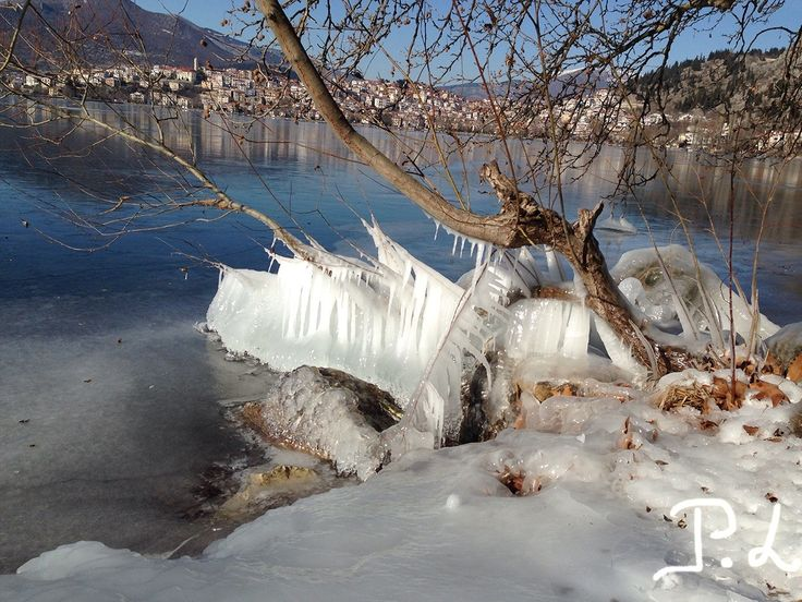 Καστοριά! Παγωμένη λίμνη! Χιόνι! Frozen lake of Kastoria, Greece!
