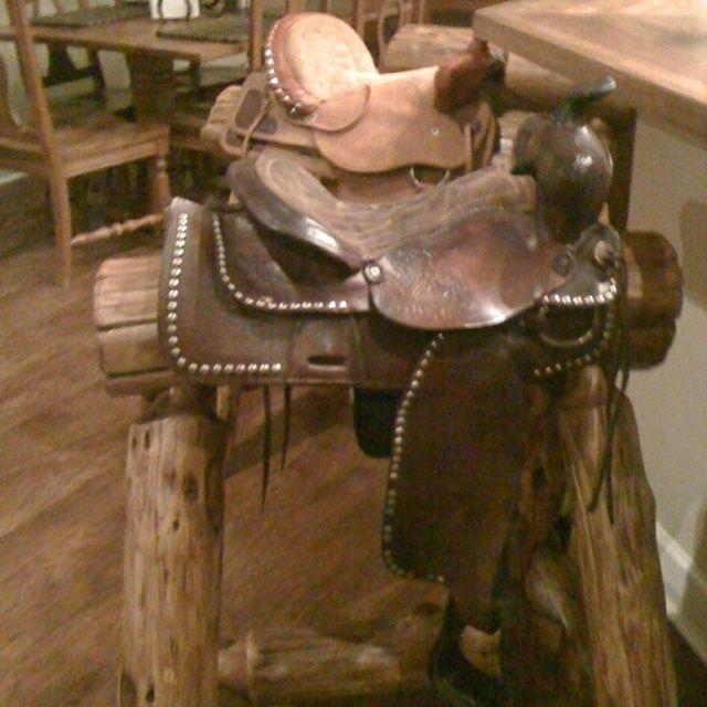 western crafts | Western saddle bar stools | Western furniture and crafts