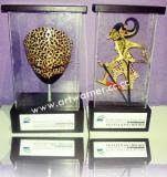 Tropy exclusif-souvenir unik-souvenir clasik-tropy wayang kulit-Tropy topeng batik adalah souvenir untuk pajangan atau hadiah, promosi, atau bingkisan, yang dapat anda gunakan untuk souvenir relasi anda yang kita produksi hand made