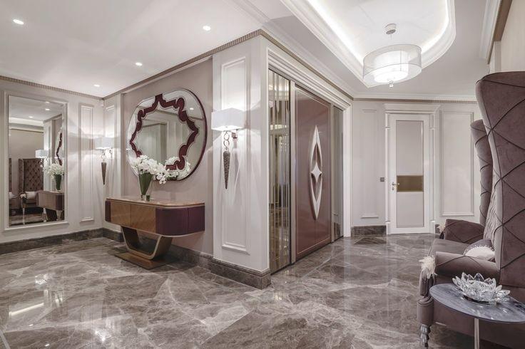 Un sol en marbre dans ce hall d'entrée. #décoration #inspiration #luxe