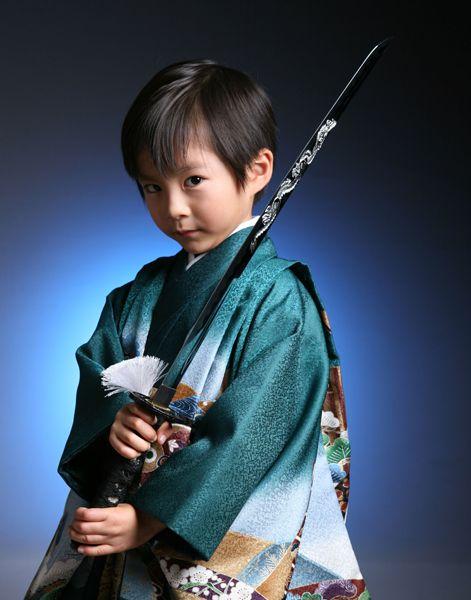 七五三男の子 五歳 着物 緑 刀持ち Shichigosan