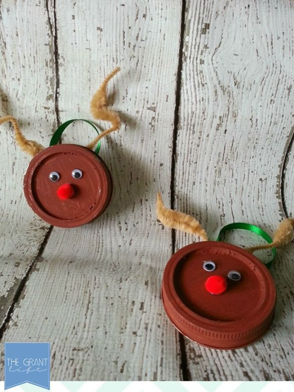 Easy Homemade Craft Mason Jar Lid Reindeer Ornament