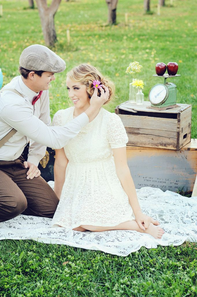 "Vintage Engagement ""Picnic"" Styled Shoot 