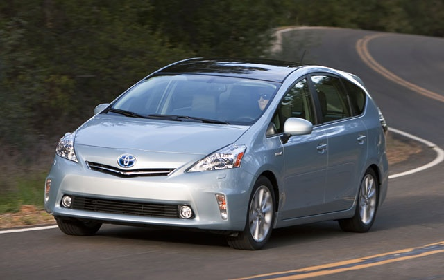 Hybrid+Roomy+Toyota=Sign me up!