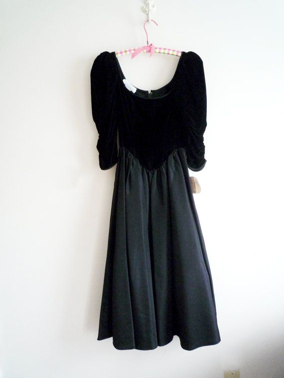 Vintage 70s GUNNE SAX Black Evening Dress by ShantyIrishVintage