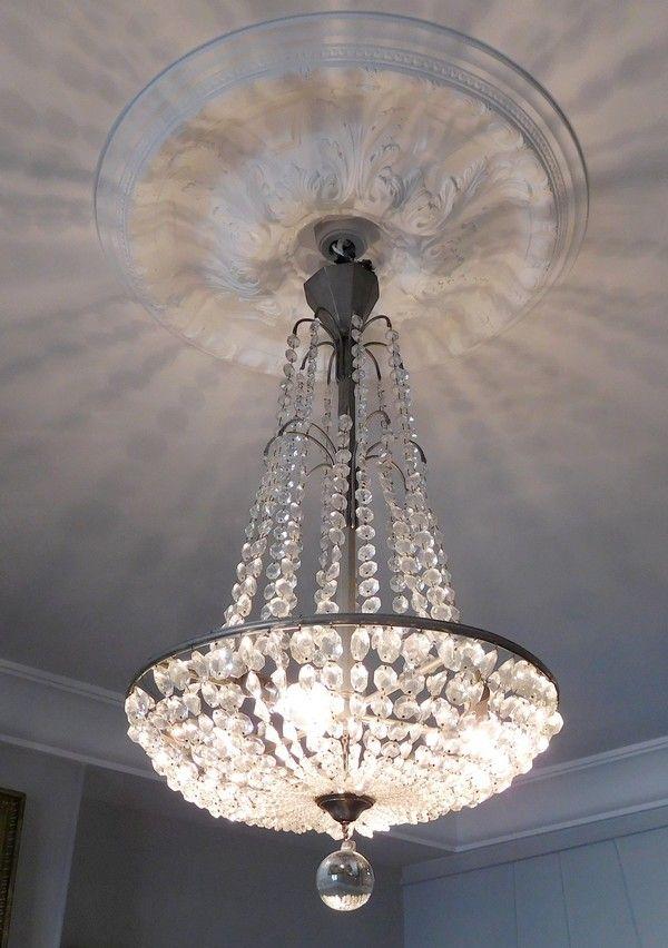 fabulous lustre fontaine en cristal de baccarat poque art dco with lustre boule cristal. Black Bedroom Furniture Sets. Home Design Ideas