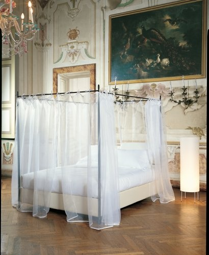 NEST 200B is a four poster storage bed for the most romantic nights. The organza sheets all around the bed make this bed a real love nest.  Sweet dreams are made of this!  www.oggioni.it