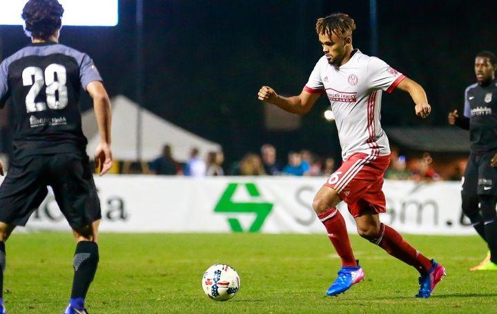 Με νίκη (2-0) πέρασε η ομάδα του Άντον Γουόκες Ατλάντα, από την έδρα της Κολούμπους με τον νεαρό αμυντικό να κλάνει εξαιρετική εμφάνιση.  ...