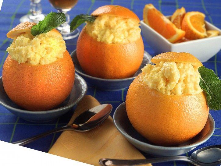 Arance gelate: un'ottima alternativa al gelato #Arance, #AranceGelate, #Gelatina, #Gelato, #Ricetta http://eat.cudriec.com/?p=5567