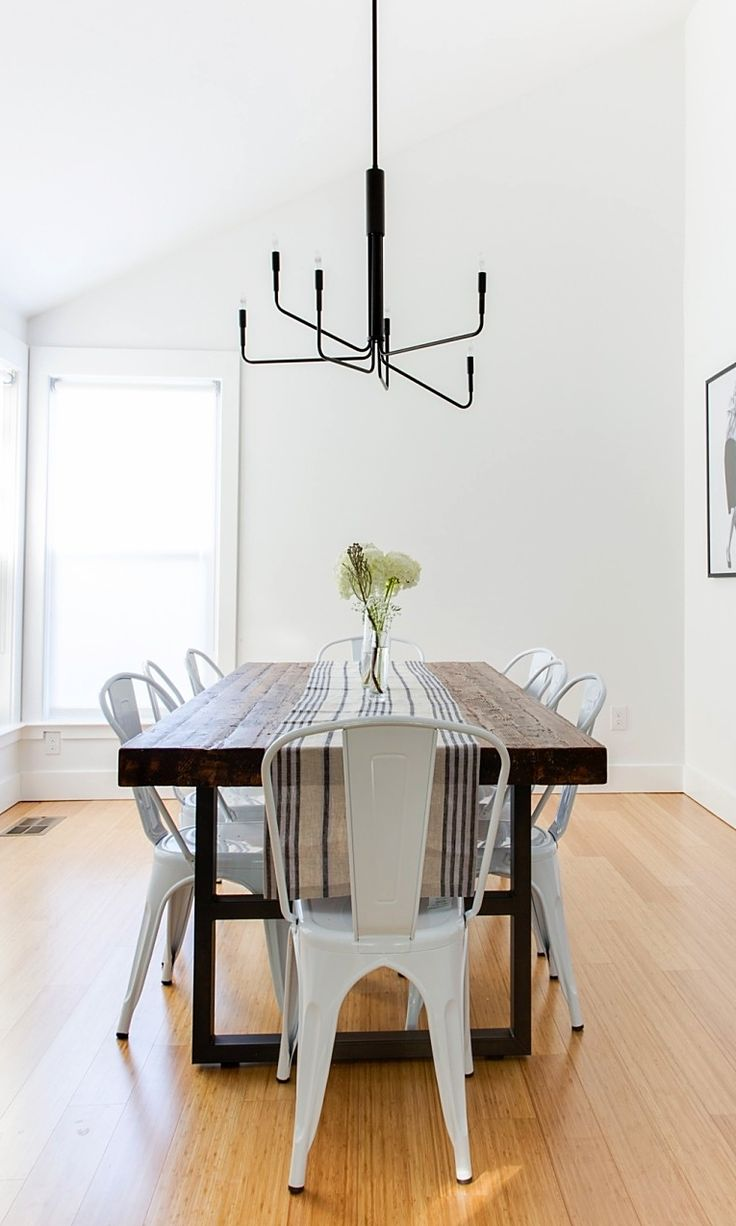 Bertoia chair dining room - Table And Chair Setup