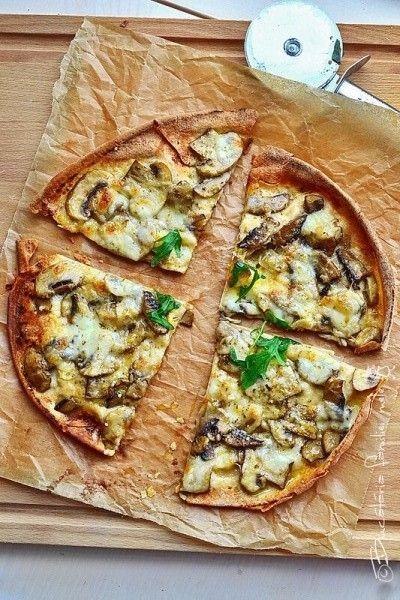 Pita Pizza cu Ciuperci
