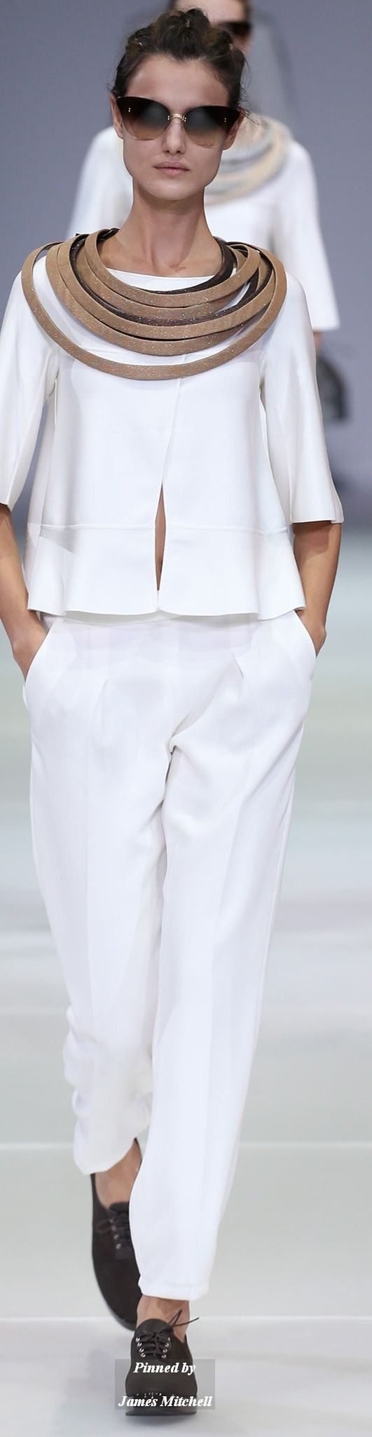 Giorgio Armani Collection Spring 2015 Ready to Wear
